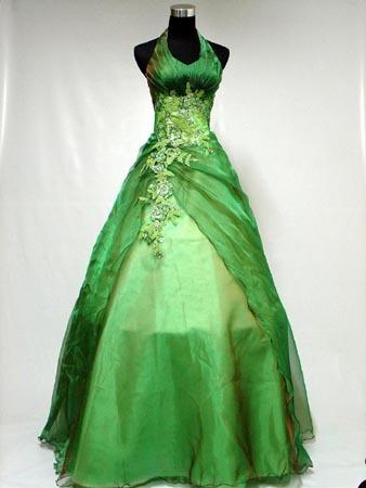 Alice's new jewlery and dress