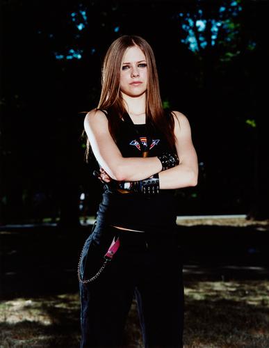 Avril Lavigne - Photoshoot #010: Danielle Levitt (2002)