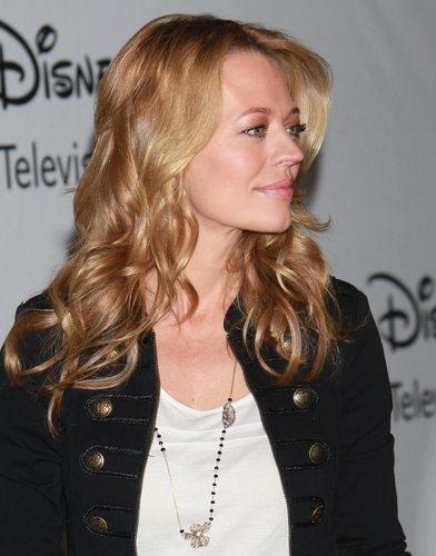 Disney ABC télévision Group's 2010 Summer TCA Panel (August 1, 2010)