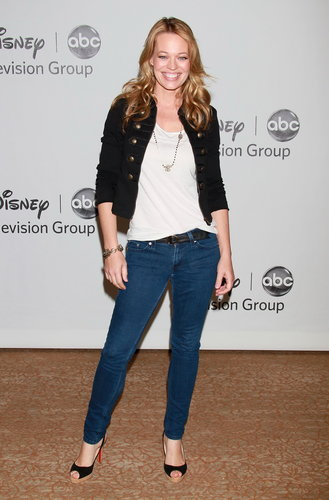 Disney ABC Televisione Group's 2010 Summer TCA Panel (August 1, 2010)