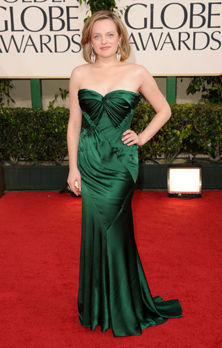 Elisabeth Moss - 68th Annual Golden Globe Awards - Arrivals