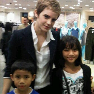 Emma with Her Fans