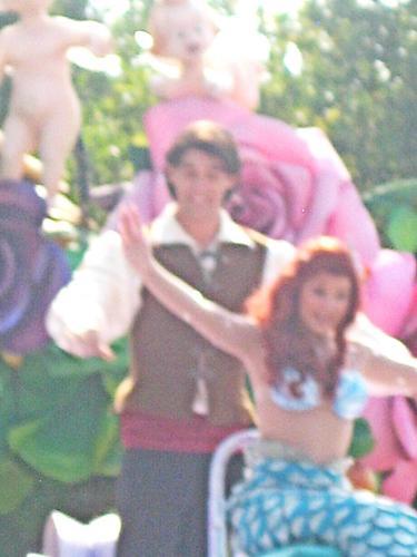 Eric & Ariel @ DisneyLand, Paris