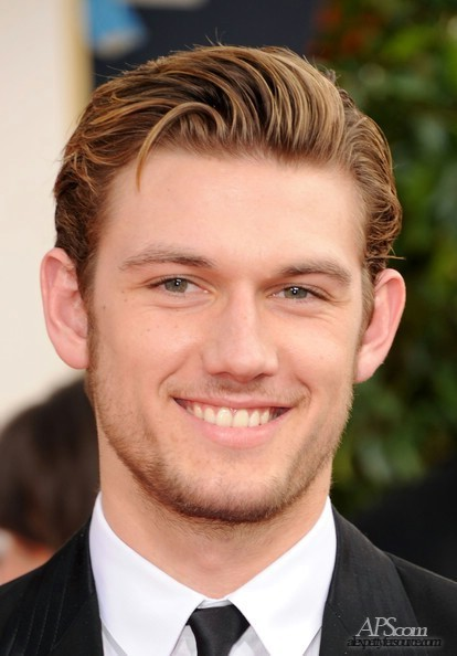 17 Jan 2011 . Alex Pettyfer so smart at the 68th Annual Golden Globe