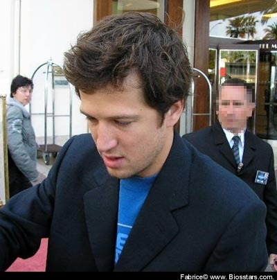 Guillaume Canet wallpaper containing a business suit and a suit called Guillaume Canet