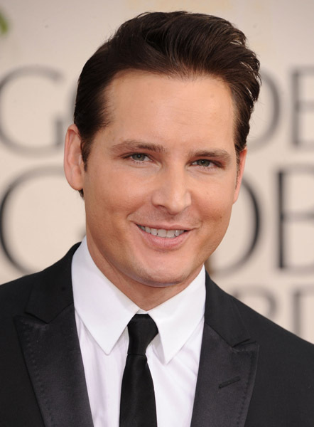 HQ Pictures Of Peter Facinelli At The Golden Globes!