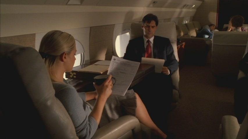 Hotch & JJ // 1x04