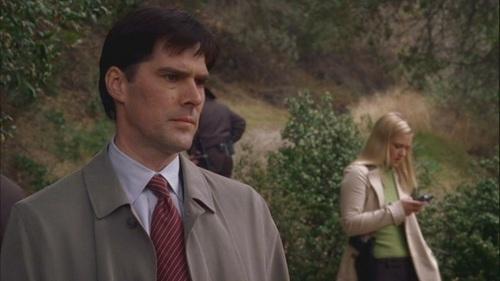 Hotch & JJ // 1x10