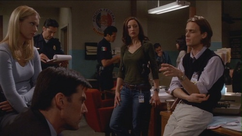 Hotch & JJ // 1x18