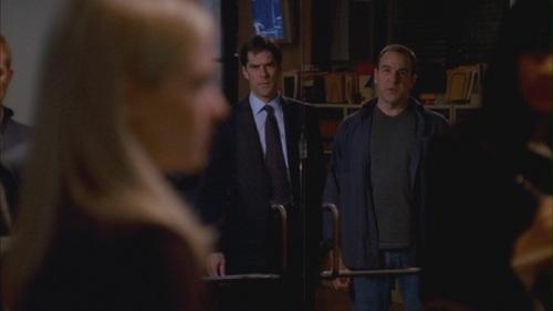 Hotch & JJ // 1x22