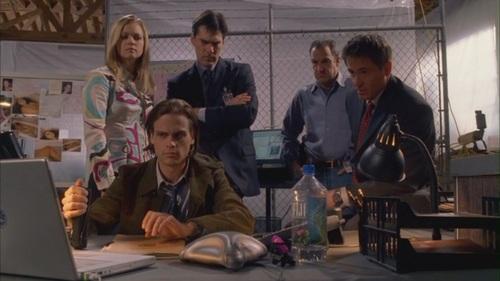 Hoth & JJ // 1x20