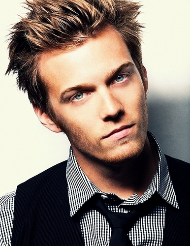 Jake Abel fondo de pantalla with a business suit entitled Jake Abel Photoshoot