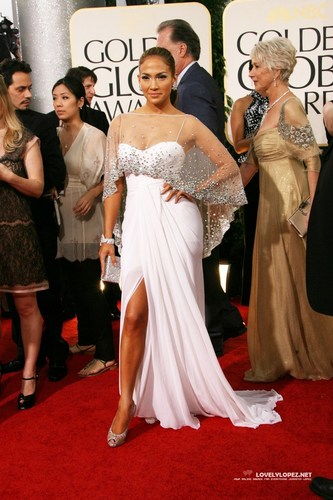 Jennifer @ 68th Annual Golden Globe Awards - Redcarpet and दिखाना
