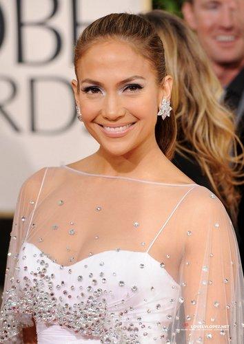 Jennifer @ 68th Annual Golden Globe Awards - Redcarpet and tunjuk