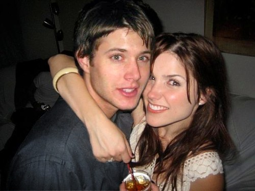 Bam and Daley wallpaper possibly containing a portrait entitled Jensen Ackles & Sophia Bush