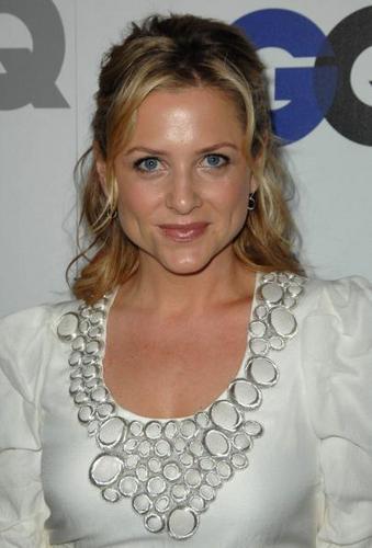 Jessica Capshaw