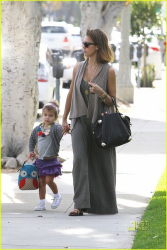 Jessica & Honor out in Beverly Hills