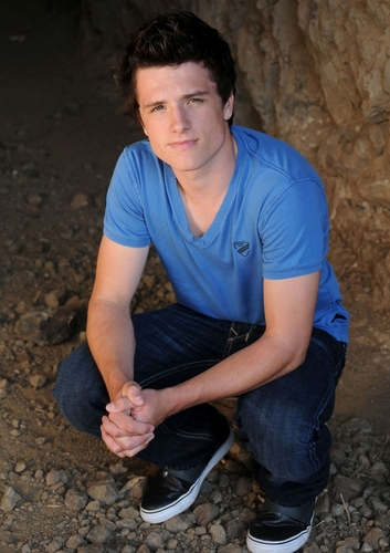 Josh Hutcherson - josh-hutcherson Photo