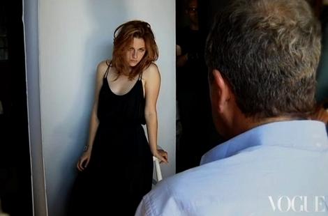 Kristen Stewart | VOGUE, February 2011 (Behind the Scenes Video)