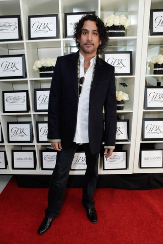 Naveen Andrews- Golden Globes Gift Lounge 2011