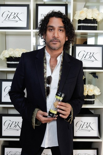 Naveen Andrews- Golden Globes Gift Lounge 2011 - naveen-andrews Photo