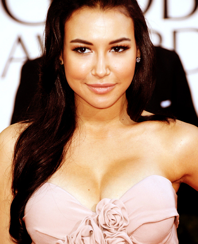 Naya Rivera wallpaper probably with a portrait titled Naya Rivera @ 2011 Golden Globes
