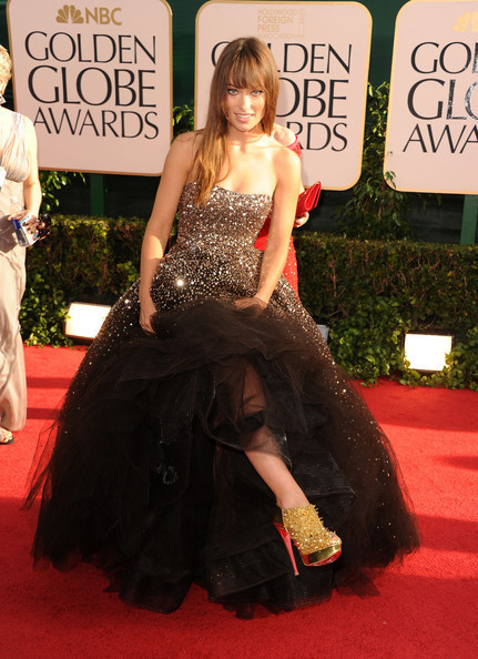 golden globes olivia. Olivia Wilde @ the 2011 Golden Globes - Olivia Wilde 431x594