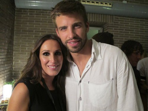 Pique and Model