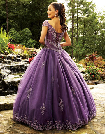 Purple দেওয়ালপত্র probably with a gown, a ডিনার dress, and a ball গাউন, gown entitled Purple Dress