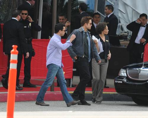 Rob at the Golden Globes Rehearsal [HQ]