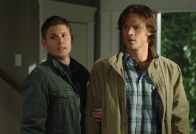 Winchester Girls Обои called Sam & Dean