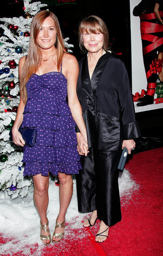 Schuyler & Sissy Spacek @ Premiere of Four Christmases - 2008