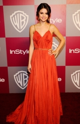 Selena @ 2011 InStyle Warner Brothers Golden Globes Party