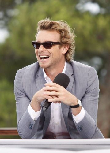 साइमन बेकर वॉलपेपर probably containing a business suit called Simon Baker / 50th Monte Carlo TV Festival