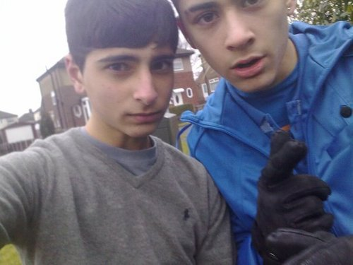 Sizzling Hot Zayn Hanging Wiv M8s B4 The X Factor 100% Real :) x