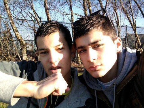 Sizzling Hot Zayn Wiv His Best M8 Anthony B4 X Factor (Cool Pic) 100% Real :) x