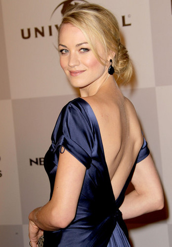 Yvonne Strahovski @ NBC Universal's 2011 Golden Globes After Party