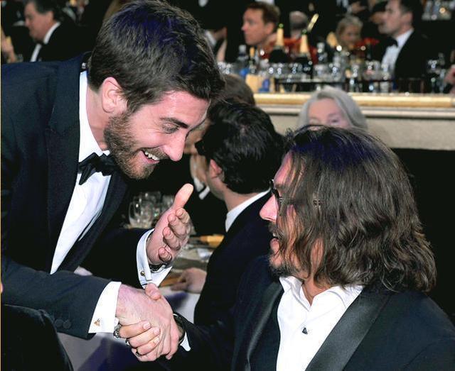 johnny depp- Golden Globes 16th Jan 2011