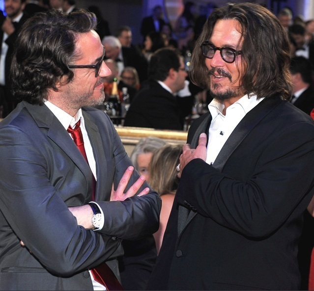 johnny depp- Golden Globes 16th Jan 2011 - Johnny Depp 639x593