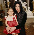 littelparis&daddymichael - michael-jackson photo