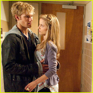 Alex Pettyfer and Dianna Agron - Alex Pettyfer and Dianna ...