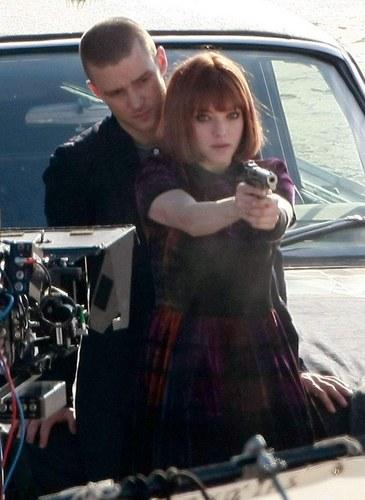 Amanda on the set of 'Now' (January 19 2011).