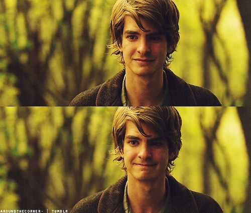 Andrew Garfield karatasi la kupamba ukuta with a portrait called Andrew in 'Never Let Me Go'