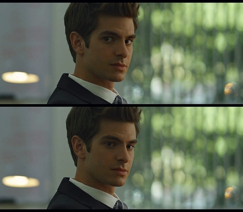 Andrew Garfield hình nền with a business suit, a suit, and a dress suit titled Andrew in The Social Network