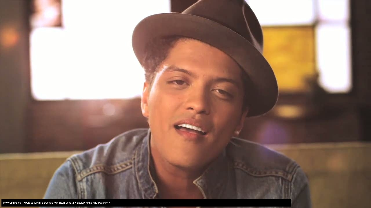 bruno mars on planet mars - photo #40