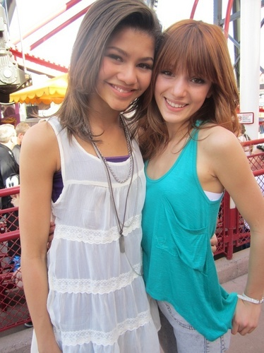 Disneyland With The Cast Of Shake it Up!