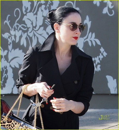 Dita at pilates class in West Hollywood 1/20/11