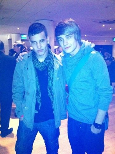 Goregous Liam Wiv Zayn Best M8 Anthony (Ant) 1der Were Zayn Is? 100% Real :) x