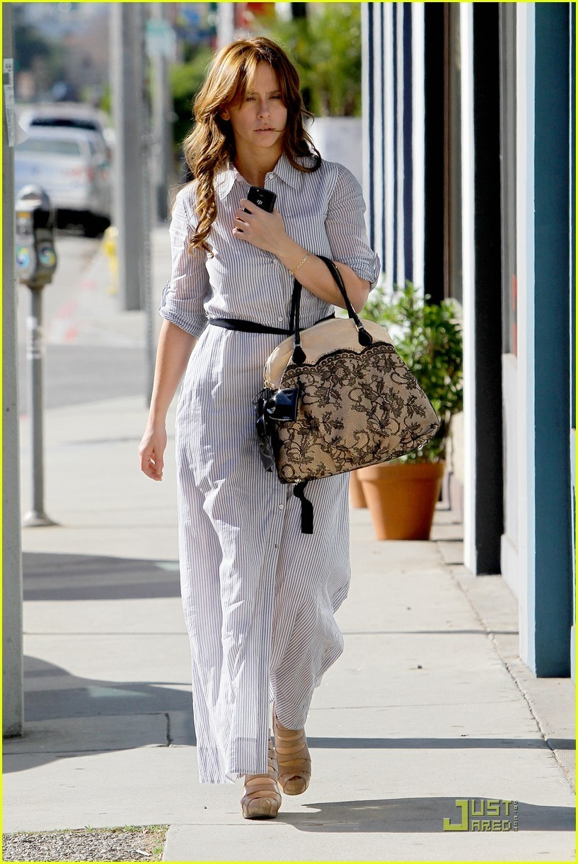 欧美男女??.?9l.?la:)?h?_jennifer out in la