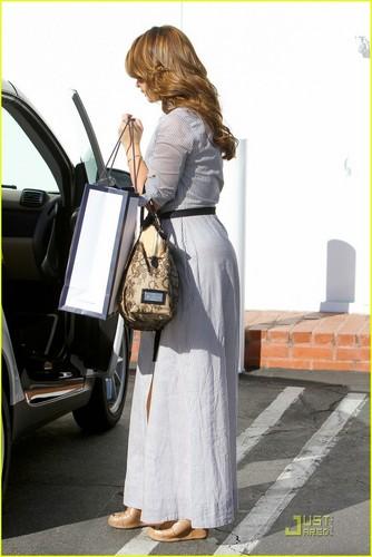 Jennifer out in LA